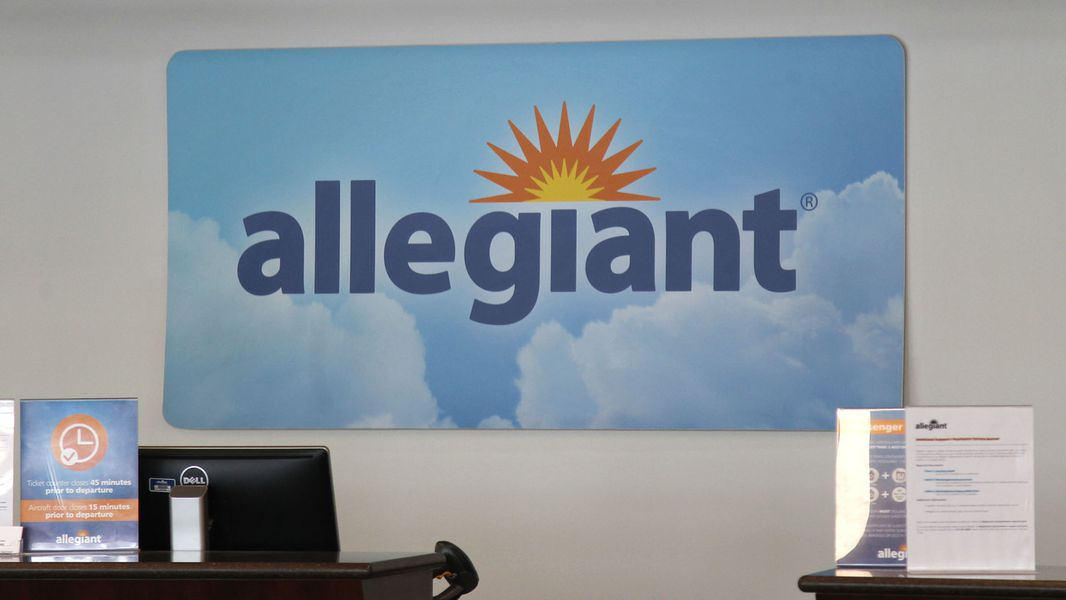 Allegiant S Cyber Monday Sales Offers Flights Up To 40 Off